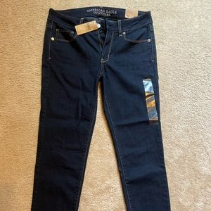 NWT - AE skinny jeans